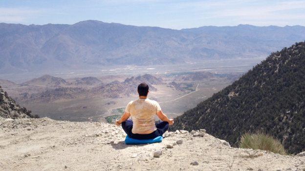 kevin ellerton meditating desert small